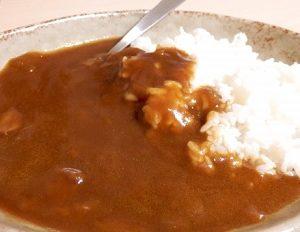 ご当地カレー・和歌山・田村みかんのジュース・具にしたみかんカレーが美味しい。