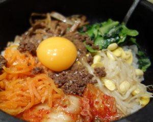 余り物残り物リメイク料理レシピの渡貫淳子考案の茶がらビビンバ・ヒルナンデス