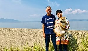 人生の楽園・鹿児島県新島に移住したご夫婦の収入源や農家レストランの予定は?