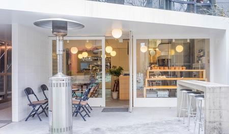 表参道の朝食で行列ができるパン屋さん パンとエスプレッソと 土日限定トーストセットが人気!