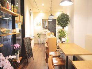 総菜店 mamagrand.jp ままぐらんど お店はとてもキレイで清潔感があります。横浜市金沢区
